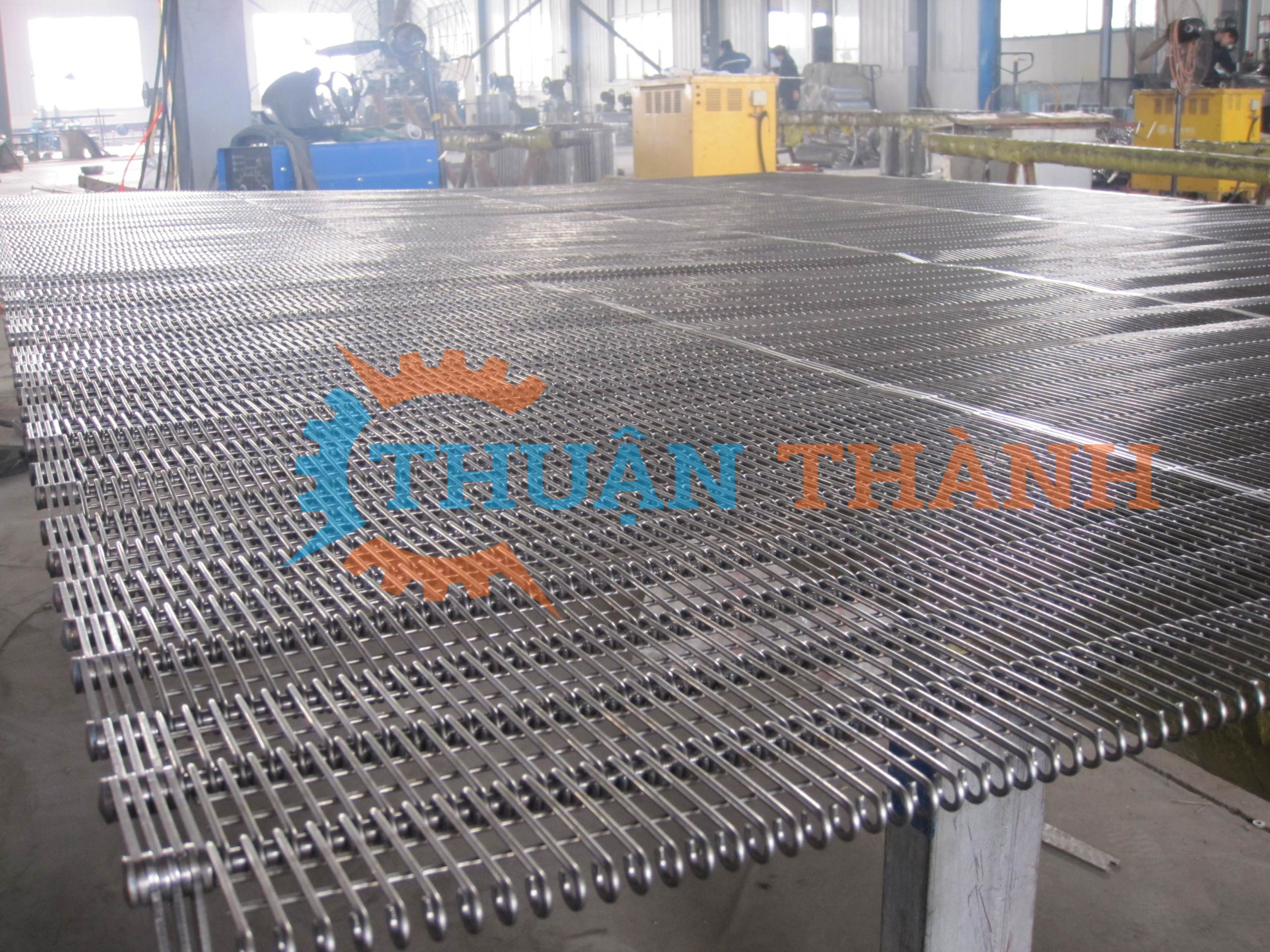 Băng tải lưới inox 304